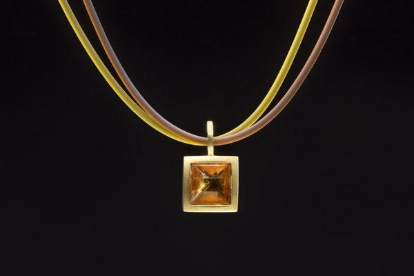 Produktnummer 1505 - 750/- Gelbgold, Citrin, Silikon