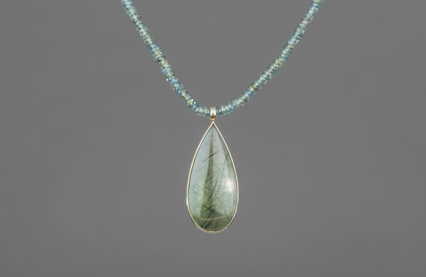 Produktnummer 6654 - Palladium, Aktinolith, grüne Safirkette