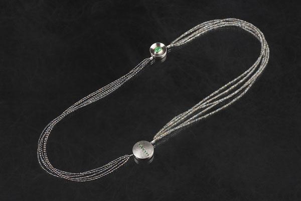 Artikelnummer 5691 - Palladium, Silber, Smaragde, Labradorithe, Perlen