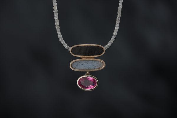 Produktnummer 8758 - 585/- Weißgold, Turmalin, Kristallachat, Ebenholz, Rohdiamanten
