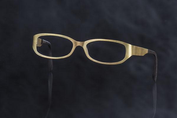 Produktnummer 1927 - 750/- Gelbgold, Horn, Glas