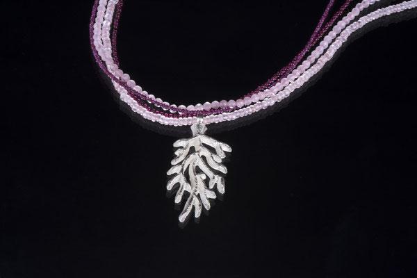 Produktnummer 1477 - 925/- Silber, Granate, Rosenquarze