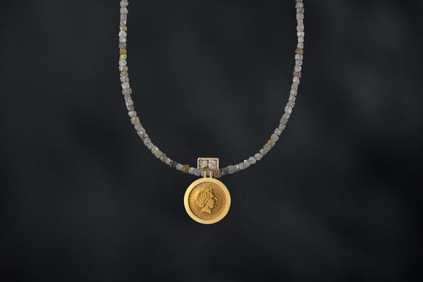 Produktnummer 8779 - 750/-Gelbgold, englische Münze, Rohdiamanten