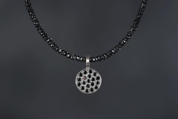 Produktnummer 0314 - Palladium, schwarze Brillanten