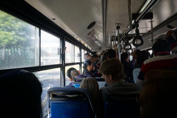 Mit dem Trolley in Quito unterwegs