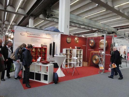 Klangschalen-Center GmbH | Traditionelle Klangschalen aus Nepal vom Direktimporteur in Aschaffenburg