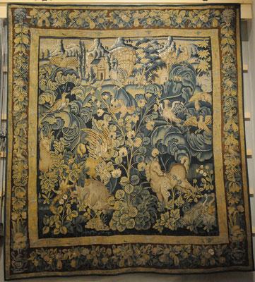 Aubusson : musée de la tapisserie, verdure à feuilles de choux (16è siècle)