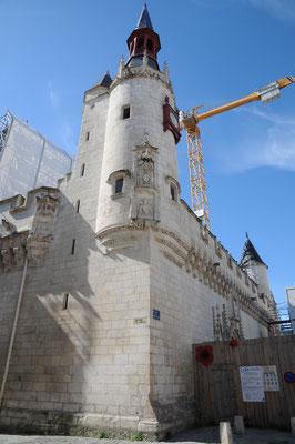La Rochelle : hôtel de ville des 15è et 16è siècles (en rénovation à la suite de l'incendie de 2013)