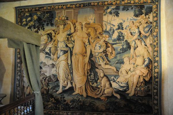 """Château de Villemonteix : tapisserie, """"Achille"""""""