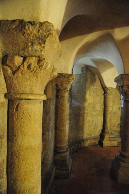 L'Île d'Aix : l'église abbatiale Saint-Martin (la crypte)