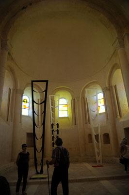 Abbaye de Trizay : le chevet de l'église