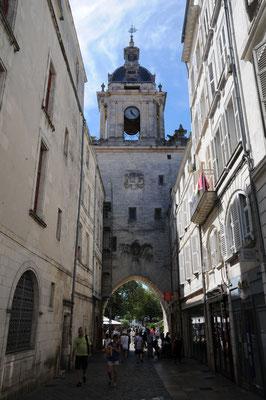 La Rochelle : tour de l'Horloge (vue intra-muros)