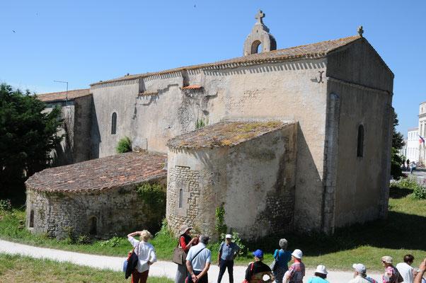 L'Île d'Aix : l'église abbatiale Saint-Martin