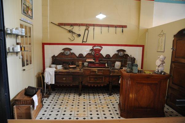 Rochefort : le musée des Commerces d'Autrefois (la boucherie)