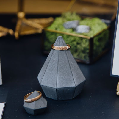 Bespoke Concrete Jewellery Displays By PASiNGA