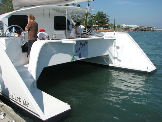Barefoot 40 catamaran Deck details image-8