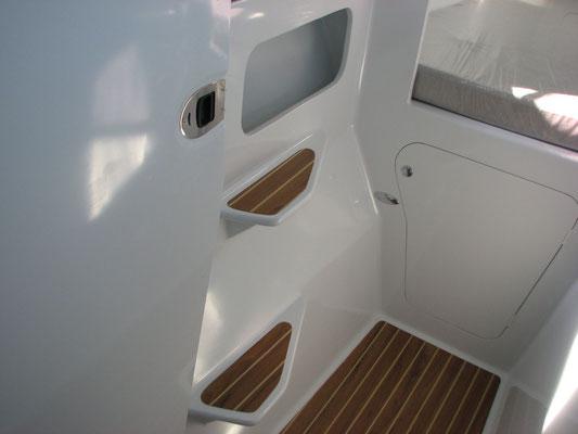 Barefoot 40 catamaran interior image 6