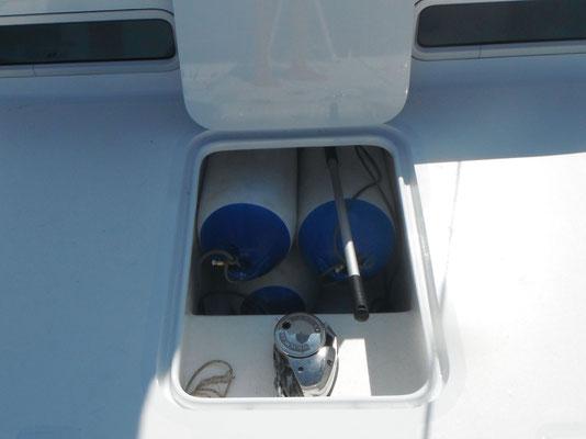 Barefoot 40 catamaran Deck details image-5