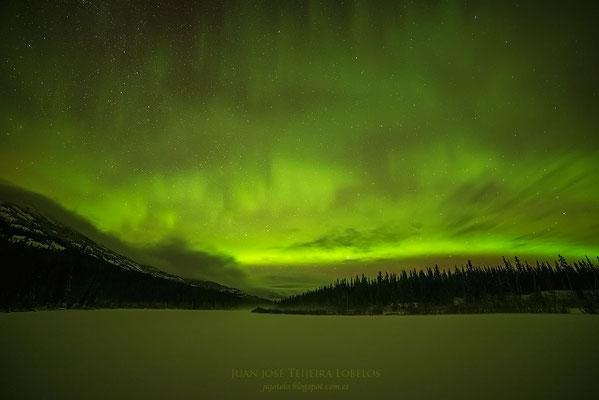 Aurora boreal en Mars Lake