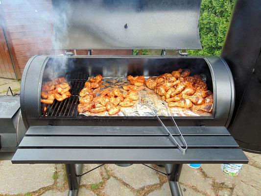 Chicken Wings aus dem Smoker zur Jugendweihe in Kleinolbersdorf