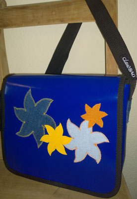 LKW Blachen Tasche Modell Claudia Blumenmotiv)