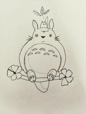 Océane et son ami Totoro me font un coucou !
