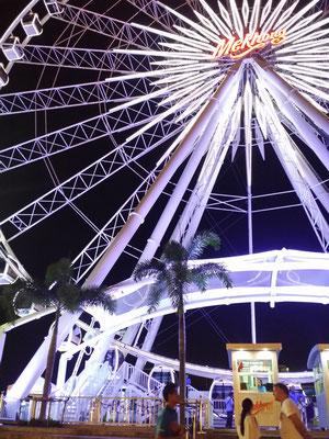 Asiatique Nachtmarkt Bangkok Riesenrad