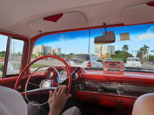 Oldtimertour durch Havanna Nostalgicar