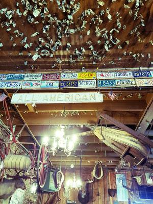 Groveland Saloon