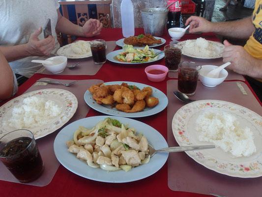 Stelzendorf Koh Panyee Essen