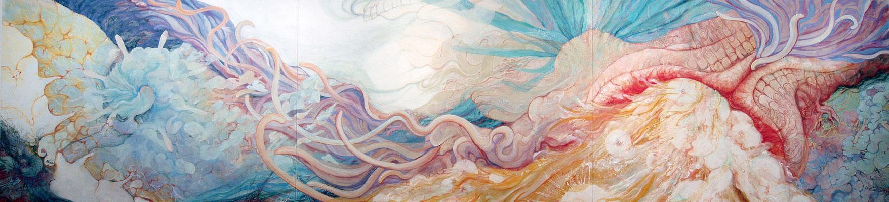 [潮騒は産声を呼ぶ]    160cm×690cm   麻紙に岩絵具                                                                                                                                        [The calling cry of the sea]     Pure pigment on Japanese Paper