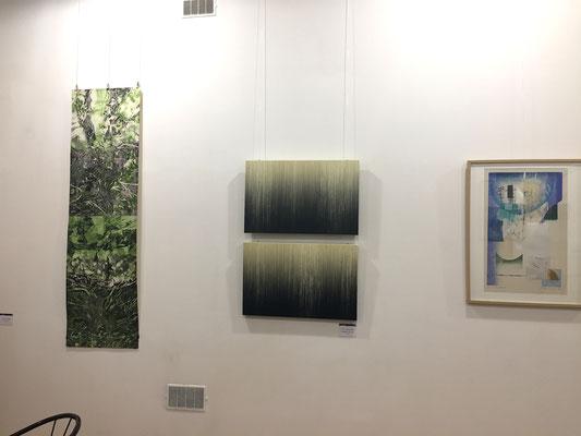 作品左 永井雅人「Textures 2016」銅版画、油彩