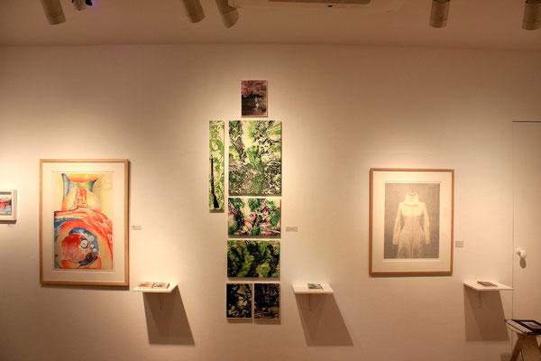 中央作品 「水木しげるのラバウル戦記」銅版画、油彩、モノタイプ、コラージュ 2015年