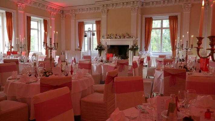 Schloss Boitzenburg Hochzeit mit DJ Tanke - Ausleuchtung des Rittersaals