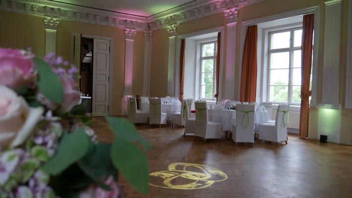DJ Tanke Uplighting im Rittersaal des Schloss Boitzenburg