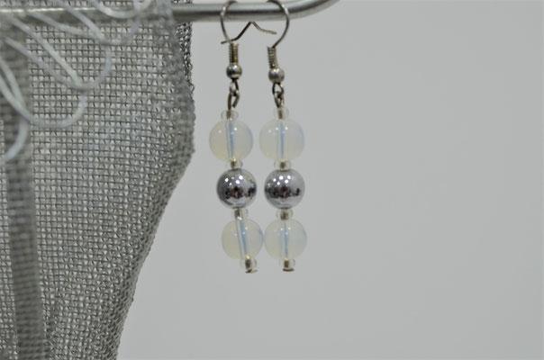 Modeschmuck Ohrringe aus alten Perlen handgefertigt. Unikat aus der Werkstatt von Zeitzeugen-Manufactur. 3,80 €
