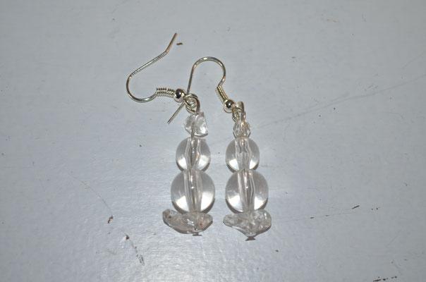 Modeschmuck Ohrringe aus klaren Kunststoff Perlen. Handgefertigte Unikate, made by Zeitzeugen-Manufactur. 2,80 €
