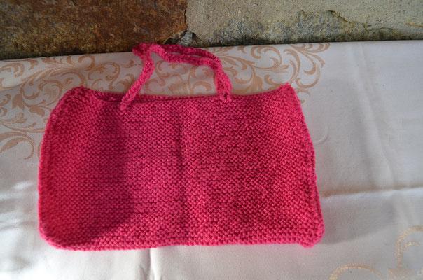 Handtasche, kleine Einkaufstasche in pink. Design und Ausführung: Zeitzeugen-Manufactur. Preis: 10,00 €