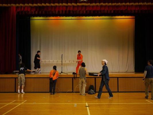 石巻で初めて上演させて貰った、東浜小学校体育館