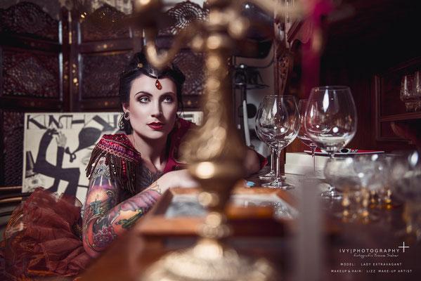 Model: Lady Extravagant  Make Up & Hair: Lizz Make-Up Artist, www.lizz-makeupartist.de
