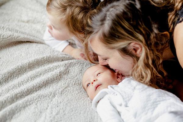 naissance séance photo à domicile nantes orlane boisard photographe nantes