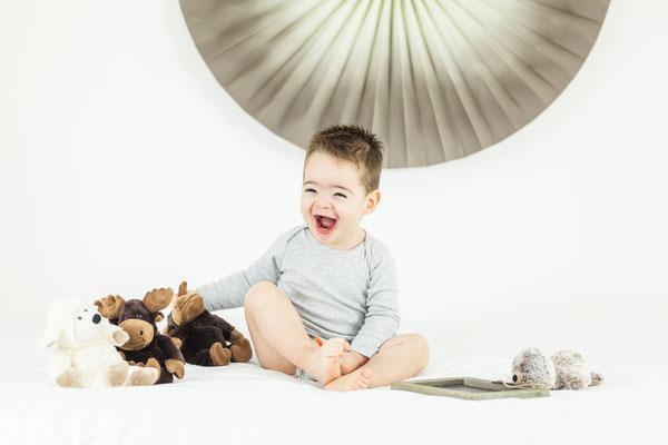 Photographe famille nantes Orlane Boisard Homestudio