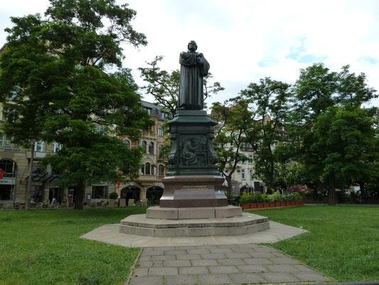 Foto: Frank Rockstuhl / Eisenach / Luther Denkmal