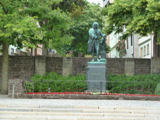 Foto: Frank Rockstuhl / Eisenach / Bach Denkmal