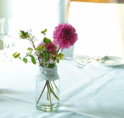 Vase mit Spitze