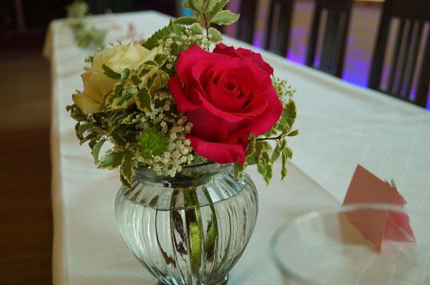 Strauß mit pink Floyd Rose