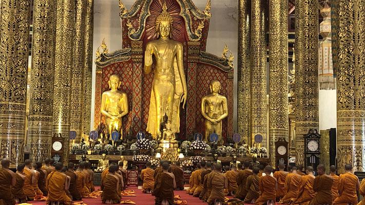 ... und dem bekanntesten grossen Wat Chedi Luang