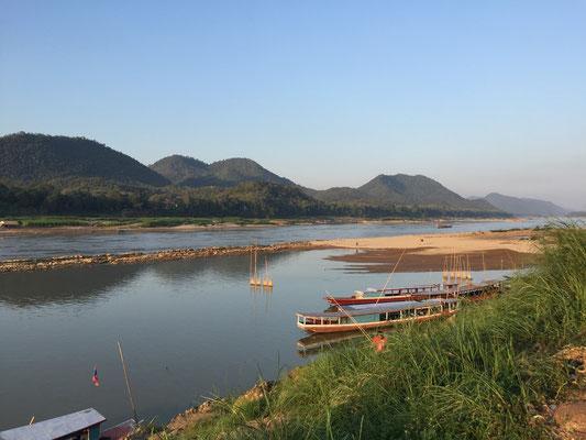 Blick auf den Mekong von unserer Unterkunft