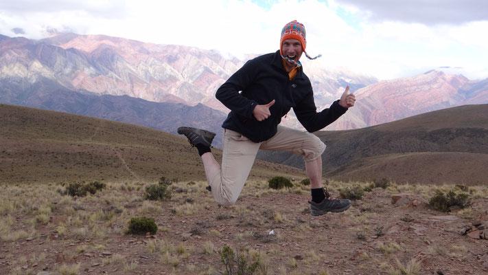 Blick auf Hornocal von gegenüber auf 4180müM, bei Humahuaca, Argentinien 2014