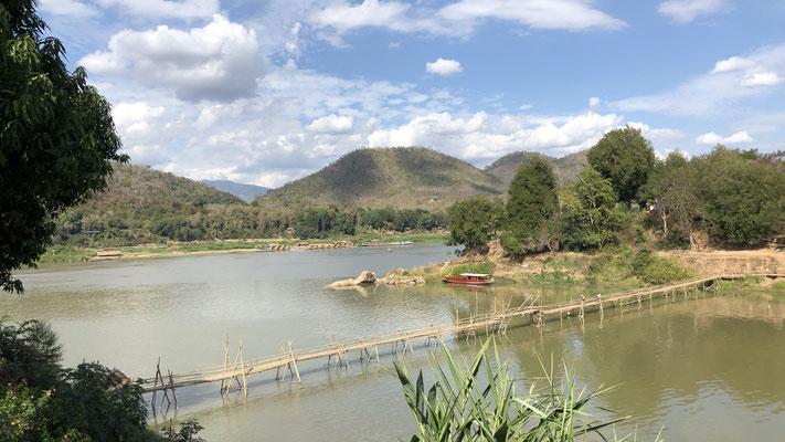 Der Fluss Nam Khan mündet in den Mekong